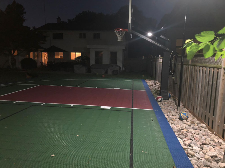 Goldsuno 8W Solar Garden Lights Lighting at A Basketball Court in Canada